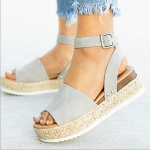 Shoes - A must have!✨ Espadrille Flat Wedge-Vegan Suede